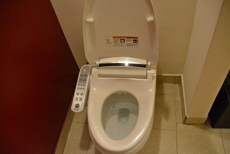 アウトリガーのトイレ